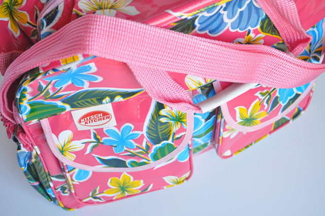 kitsch kitchen bags