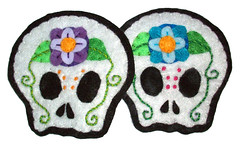 Skull plush applique and embroidery (misscrinoline) Tags: dayofthedead felt sugarskull