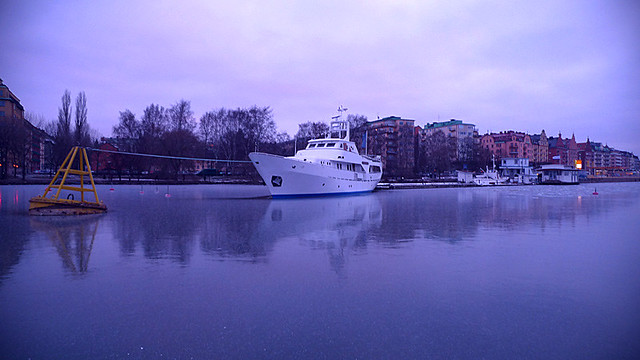 Yacht in the ice