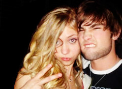 Taylor/Chace - Personal pics manip 3. (bitchymode) Tags: girl graphic banner taylor chace crawford blend gossip momsen