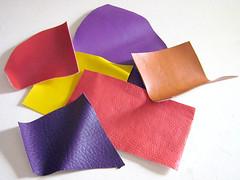 Vários tipos de couro sintético