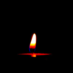 L'Amour (nommad) Tags: light rouge nikon nuit lamour bougie photomaniaque nikonfrance passionreflex petiteshistoiressansparoles carrfranais