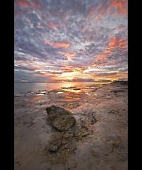 Stormy sunset (Nöé) Tags: sunset sky sun seascape sol stone clouds skyscape landscape atardecer nikon shiny paisaje cielo nubes maldives brillo piedra maldivas the4elements nöé noevlad noeliamagnusson wwwnoeliamagnussoncomnöénoemagnusson nöémagnusson