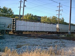 Southbound freight train. Hawthorne Junction. Chicago / Cicero Illinois. Early October 2007.