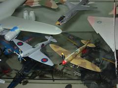Trumpeter (l) and Minicraft (r) 1/144 Spitfires (wbaiv) Tags: force desert air v crown spitfire markv mkv trumpeter 1144 pressurized mkvii minicraft