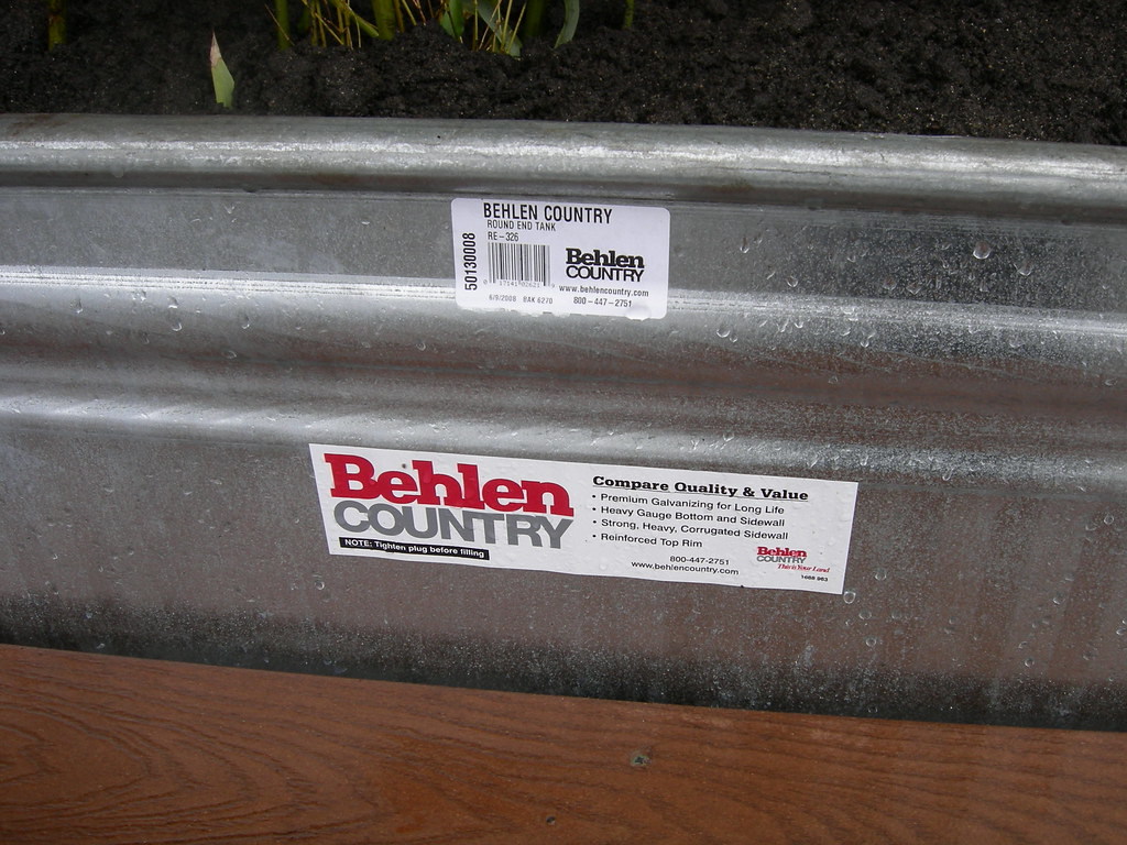 Behlen Country stock tank