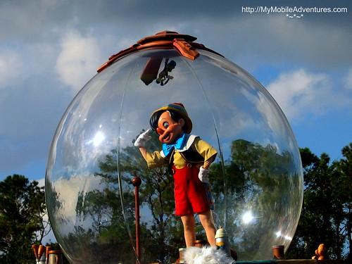 IMG_0240-MK-Parade-Pinocchio