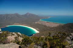 Beautiful Tasmania (6.000+ views) (msdstefan) Tags: pictures ocean trip travel vacation sky panorama sun holiday sol praia beach strand landscape island coast soleil sand pacific pics urlaub au himmel bank australia playa nikond50 best insel southpacific tasmania australien ufer landschaft sonne plage rtw isla zon spiaggia downunder nicest wineglassbay kste oceania pazifik ozean tasmanien ammeer  ozeanien  landschaftsbild freycinetnp superaplus aplusphoto  taasmania denizkys concordians platinumheartaward flickrestrellas worldtrekker 100commentgroup stefansbest mygearandmepremium mygearandmebronze mygearandmesilver mygearandmegold mygearandmeplatinum mygearandmediamond