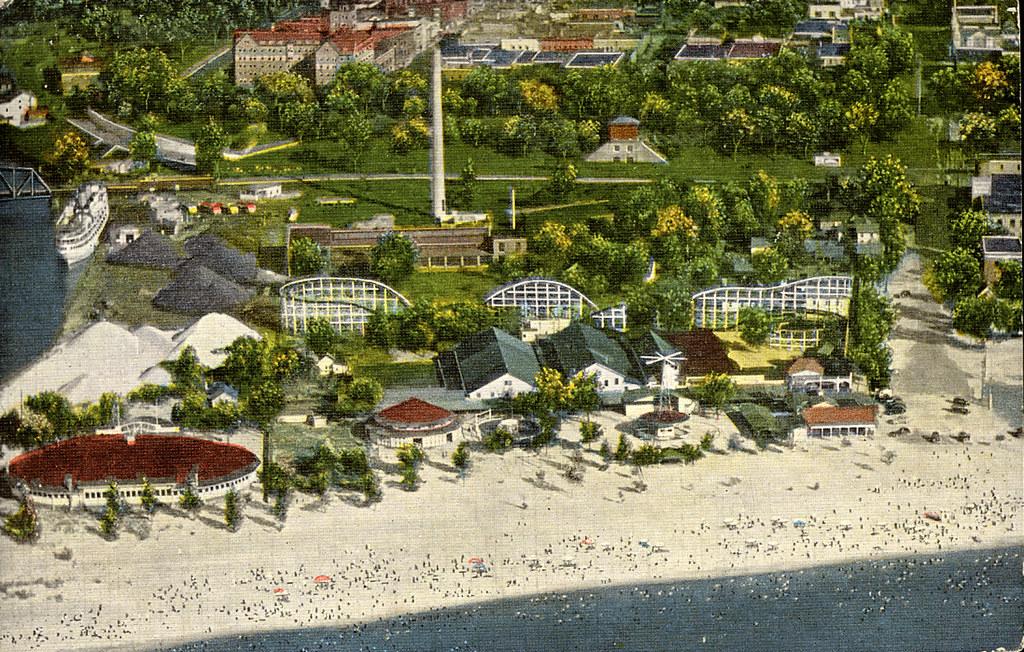 Silver Beach Amusement Park Postcard 1953