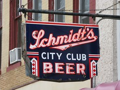 Schmidt's City Club Beer (altfelix11) Tags: minnesota neonsign 1stavenue vintagesign shakopee vintageneonsign arniesbar jacobschmidtbrewery schmidtsbeer schmidtscityclubbeer