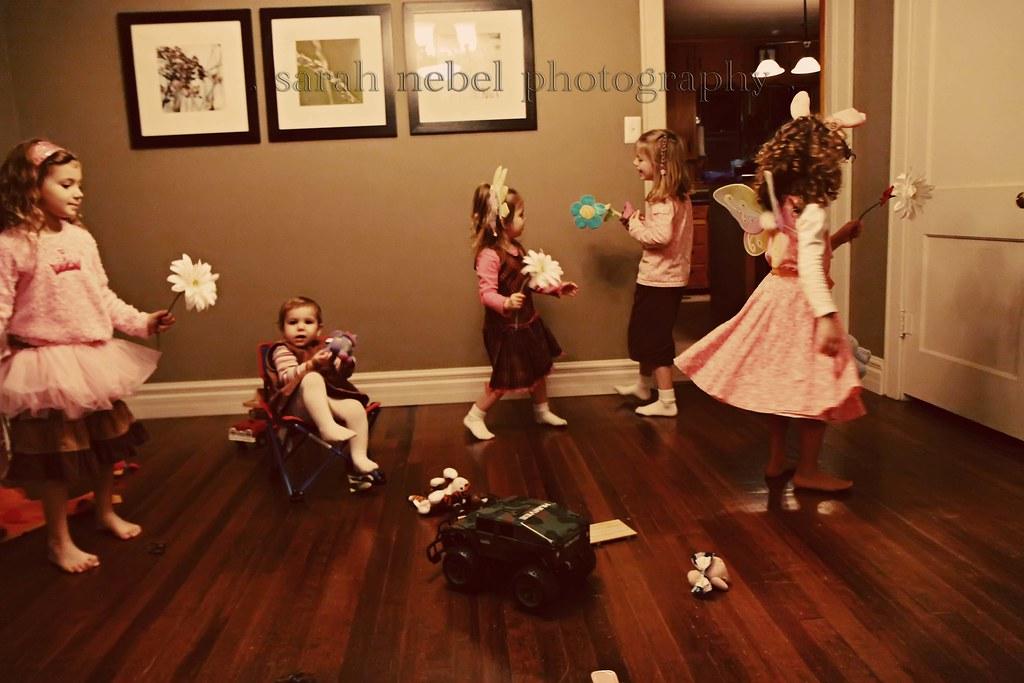 . girls play .