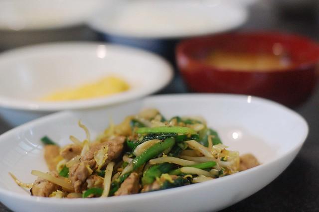 同居人OJIKIが作る豚と野菜のトウチジャン炒め! #gohan