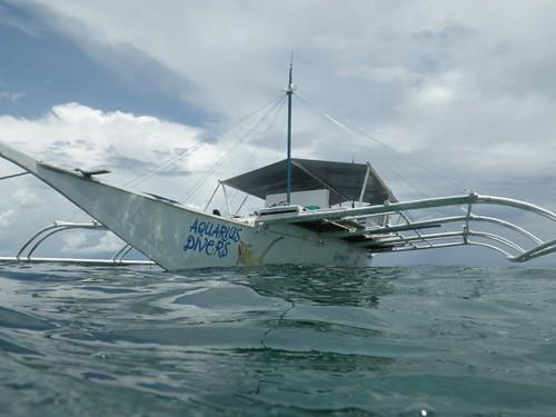 ダイビングした船