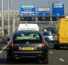 Ring Rotterdam, the 80 zone.... (CitroenAZU) Tags: auto car yellow drive airport rotterdam blijdorp klein highway utrecht driving traffic den citroen voiture overschie ring bleu coche dordrecht haag jam limousine c6 a20 a13 80kmh rijksweg polderplein
