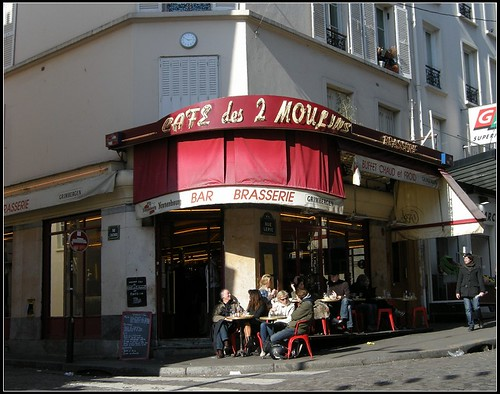 Cafe des 2 moulins where Amélie works