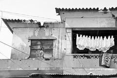 Luanda - scars of war (© Sam.Seyffert) Tags: africa house war damage angola luanda kimbo lpdamaged
