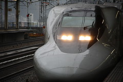 Shinkansen at Himeji Station, Japan (fabriziogiordano23) Tags: travel holiday castle station japan train asia rail  himeji nippon japo stazione treno shinkansen viaggio japon giappone vacanza ferrovia  beautifulphoto  flickraward earthasia flickrestrellas  flickrlovers fabbow todaysbest mygearandme