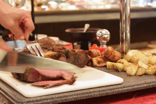 Roast beef crave upon request