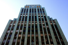 Eastern Columbia Building (KingoftheHill.) Tags: urban alley broadway gritty artdeco gentrification mainst lofts skidrow santee beauxarts springst downtownlosangeles jewelrydistrict onlythebest wwwdevanwellsblogspotcom devanwells