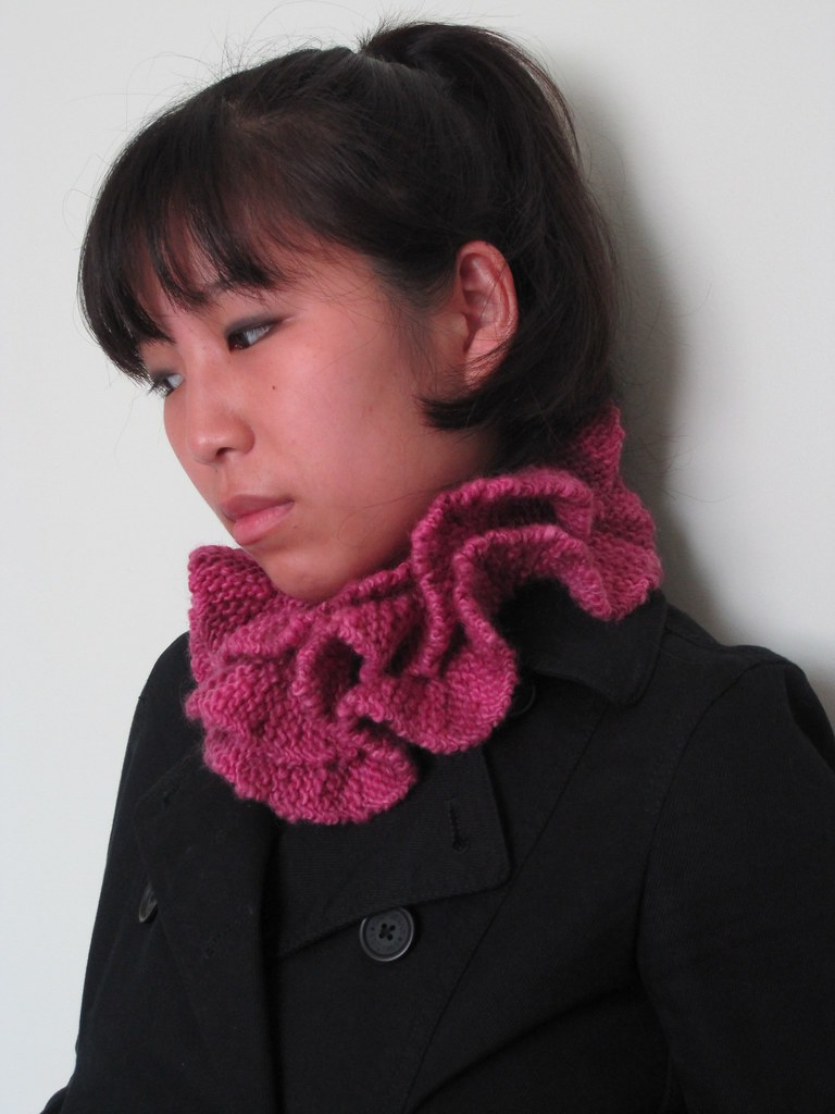 knitted ruff