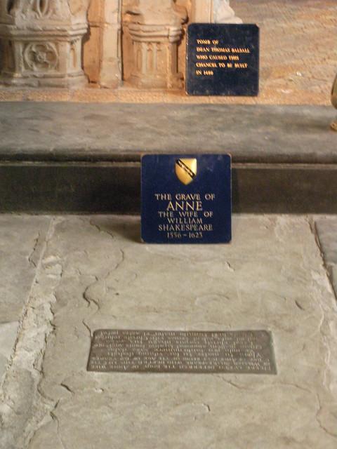 Anne Hathaway's tomb by csmramsden