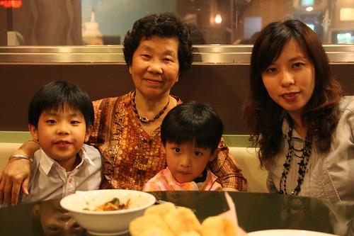 成吉思汗蒙古烤肉(100母親節)0006