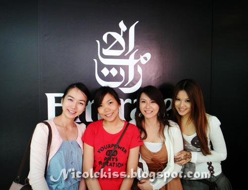 four pretty ladies