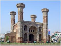 Chauburji Lahore (Sohaib Qamar) Tags: lahore chauburji pakistaninpictures
