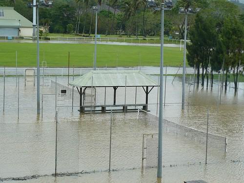 Depression tropicale fevrier 2009 Poindimie #1 : Inondation des terrains de Tennis