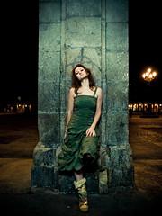 Elena (Thomas Cristofoletti's stock photography) Tags: madrid elena plazamayor strobes e510 1260 myfavoritephoto aplusphoto 1delanocheyunfrioquetecagas