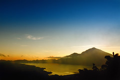 Morning Break at Lake Batur (Andre Ramayadi) Tags: lake sunrise lakebatur batur mywinners