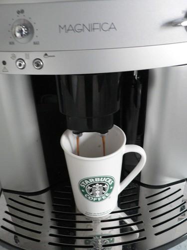 Ein neues Spielzeug Kaffeeautomat