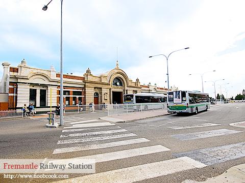 DSC_1749_fremantle_railway_stn3_480