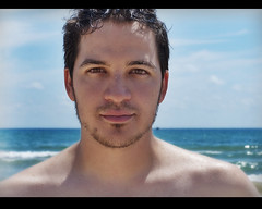 Yo (davic) Tags: sea portrait david beach me wet beard mar mediterraneo retrato yo playa getty vendo barba gettyimages cornejo davic mojado mediterrean feliz2009 davidcornejo snappybookplayas