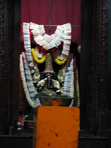 East-facing Ganesha on 11th Main, Jayanagar