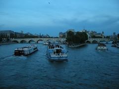 traffic on la seine (ÇaD) Tags: bridge paris architecture traffic chad ships bateaumouche cagdas ozturk deger cagdasdeger