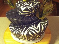 20090822.17 (dizzybri) Tags: blackandwhite cake feathers jungle zebra topsyturvy fondant groomscake