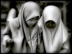 Malaysia (` Toshio ') Tags: school girls portrait people blackandwhite bw blur girl look lensbaby asian person asia southeastasia muslim islam group malaysia duotone melaka malacca toshio superaplus aplusphoto platinumheartaward lensbabycomposer