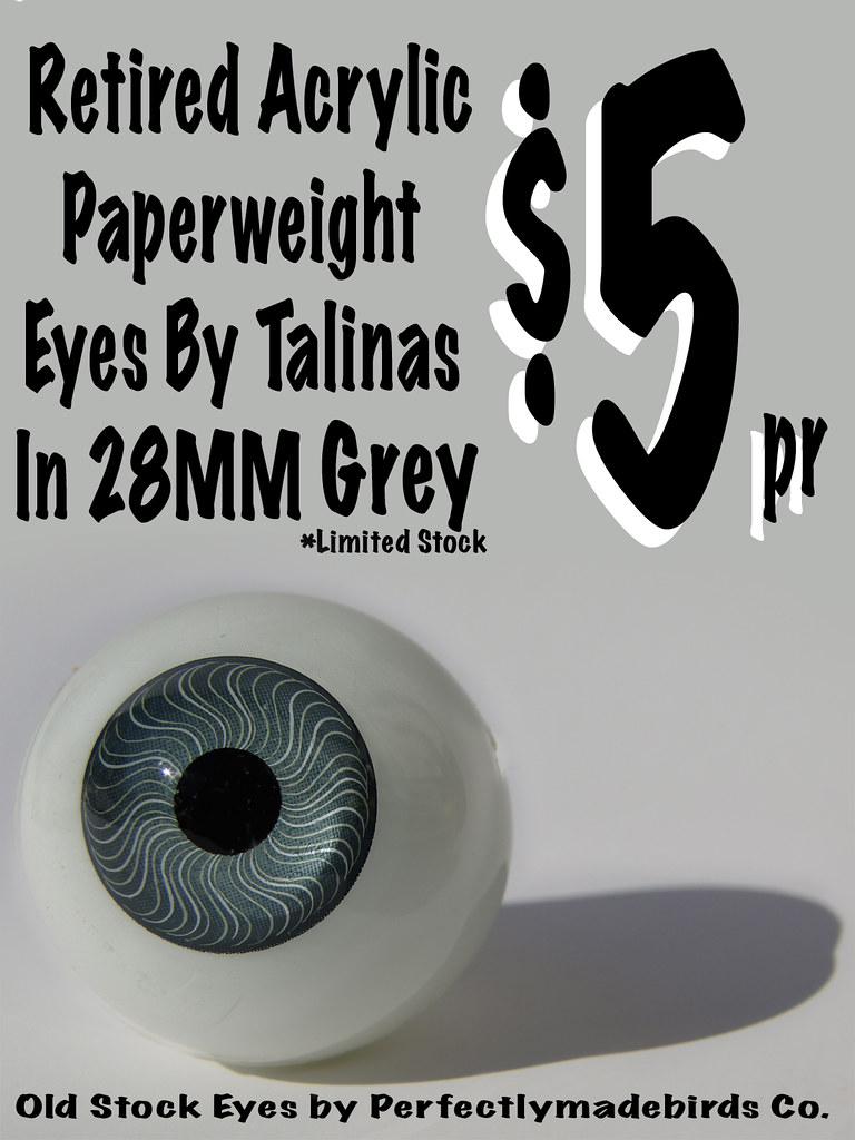 Paper Weight Eyes Grey