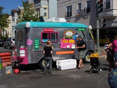 Fogol Brothers of Merlindia food vending truck at the 2009 H Street Festival