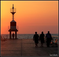 u pontili (lalaurita) Tags: tramonto mare pontile gioiatauro