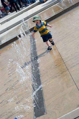 Water Play 08