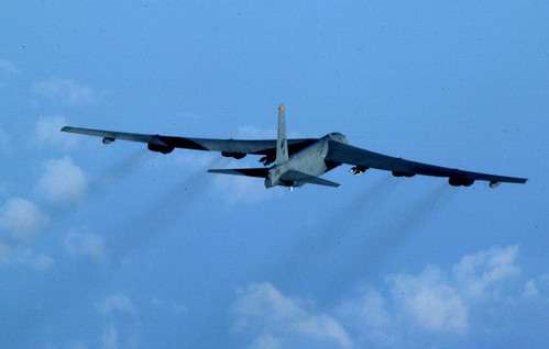 Airplane picture - B-52_23b
