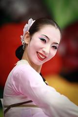 Korean Dance 2 (DSLR_MANIA) Tags: eos korea seoul southkorea    ef200mmf28liiusm republickorea canonef200mmf28liiusm eos1dmark3 canon1dmark3  dslrmania canon1deos1d republiquedecoree poblachtnacoire