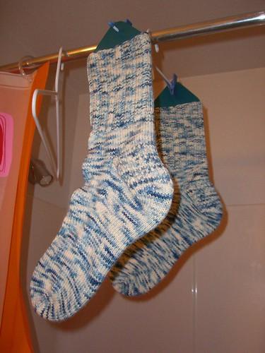 V-man's big ol' socks - too big for blocker