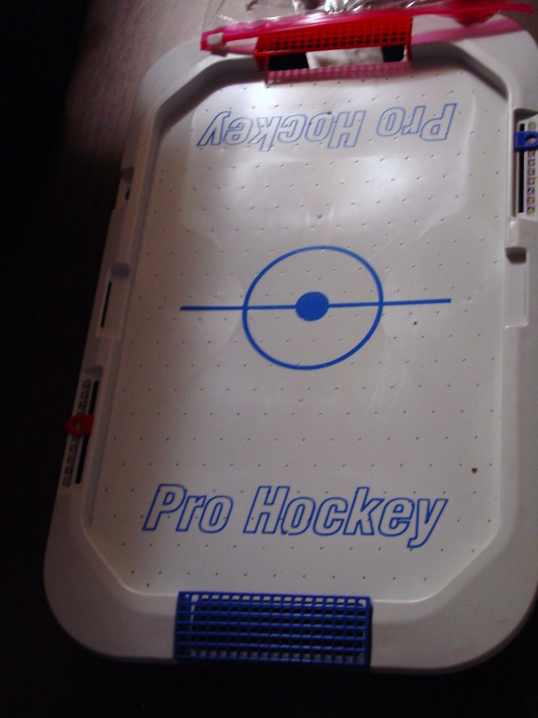 PRO AIR HOCKEY TABLE! ~ TABLE TOP $5