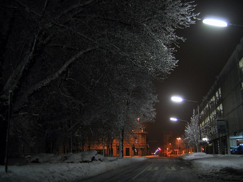 Winter Night in the City I by c-h-l.