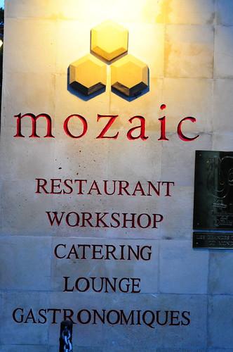 Mozaic's Signage