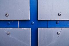 Finnish(ed) (Håkan Dahlström) Tags: blue azul grey blauw pattern sweden blu flag schweden bleu sverige blau helsingborg blå suéde svezia ramlösa skånelän