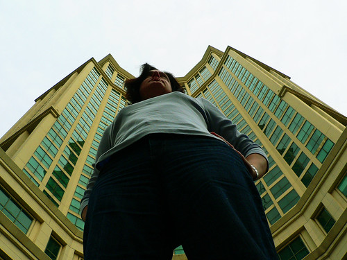 2009 Challenge - Day 74: Shooting Up... I'm as tall as a building!